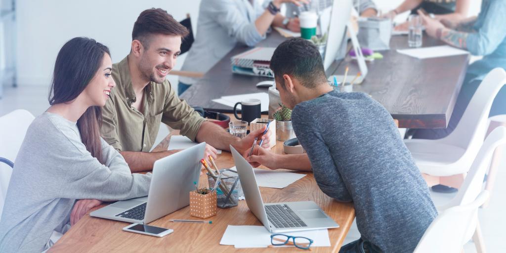 engaged-employee-meeting